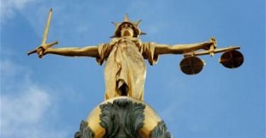 kezaliman vs keadilan