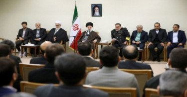 Ayatullah Khamenei: Keamanan, Kebutuhan Terpenting Masyarakat