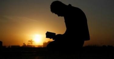 PRIA YANG MENGHAFAL AL-QURAN DALAM SEMALAM