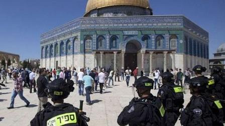 Lagi, Warga Distrik Zionis Serbu Masjid al-Aqsa